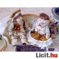 Eladó Germán stílusú népviseletű porcelán babapár