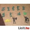 Eladó játék katonák (műanyag)