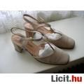 Eladó alkalmi cipő (38-as)