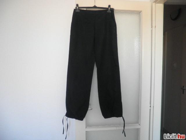 a5c5e0af317f Licit.hu S retro Jeans fekete nadrág Az ingyenes aukciós piactér ...