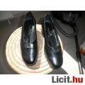 Eladó Új női cipő 38 fekete