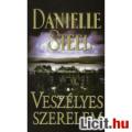 Eladó Danielle Steel: Veszélyes szerelem