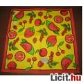 Eladó gyümölcsös dekorszalvéta