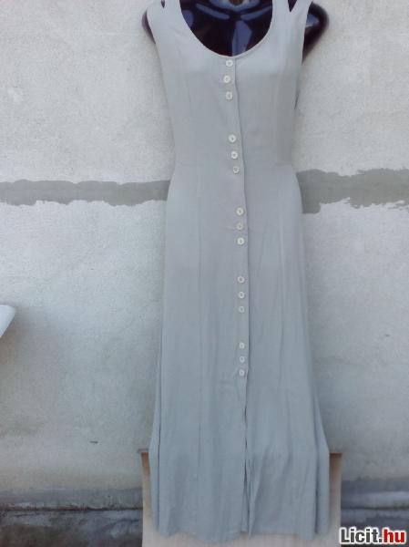 Licit.hu   Sántha Világos-szürke maxi ruha M-es Az ingyenes aukciós ... f189b0999f