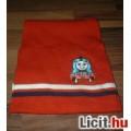 Thomas a gőzmozdony piros sál