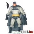 Eladó 18cmes Dark Knight Returns Batman figura talapzattal - Frank Miller klasszikus DC Comics képregény m