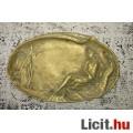 Eladó sárgaréz tál/hamutartó ,női alak pávával