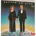 Eladó KETTEN AZ ÚTON  - Záray-Vámosi (1984)