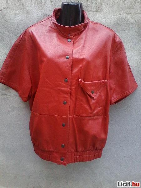 Licit.hu  BONETO Piros rövid ujjú bőr kabát 44-es Az ingyenes ... 50f85cd25e