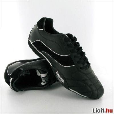 Licit.hu Lonsdale Camden Mens férfi cipő 43-as készleten Az ingyenes ... 07b7bcd90b