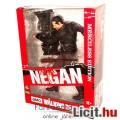 Eladó 26cm-es Walking Dead figura - Negan TV szobor figura Lucille baseballütővel, talapzattal - Merciless