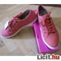 Eladó Új, címkés, csodás lazac színű, kényelmes és csinos cipő %%