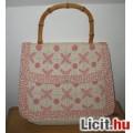 Eladó szép hímzett régi kézi táska