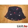 Eladó hímzett virágos kalapka,méret: