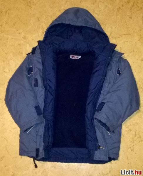 Licit.hu fiú téli kabát 140-es Az ingyenes aukciós piactér - licit ... d945bc65e8
