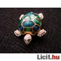 Eladó gyönyörű teknős kitűző