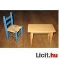 fa asztal fonott fa székkel