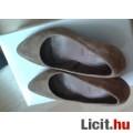 Újsz., mogyoró színű csinos 5TH aventue velúrbőr cipő