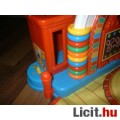 Fisher Price Little People zenélő iskola - német