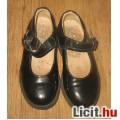 Siesta  bőr fekete lakkcipő,méret:25