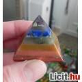 Gyógyító energiával rendelkező 7 csakra piramis