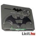 Eladó Fém Kulcstartó - Batman batarang fém kulcstartó sörnyitó és csavarhúzó funkcióval - DC Comics szuper