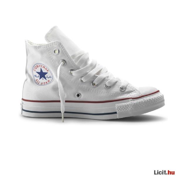 Licit.hu Converse fehér tornacipők eladó Az ingyenes aukciós piactér ... 181e9123bb