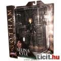 Batman Gotham figura - 18cmes Selina Kyle / fiatal Macskanő figura fegyverrel és talapzattal, TV Sor