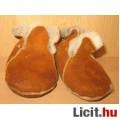 Eladó bőr belül szőrmés kocsi cipő/tutyi
