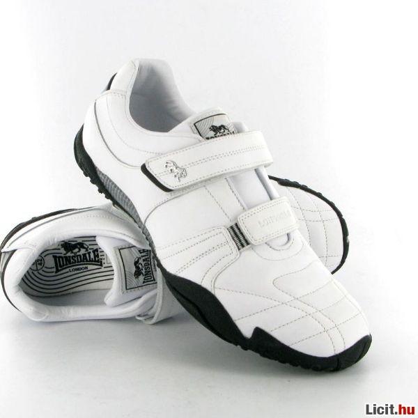 Licit.hu Lonsdale Fulham Snr férfi cipő Az ingyenes aukciós piactér ... b58ee6c61d