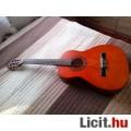 Eladó 3/4-es Stagg gitár tokkal