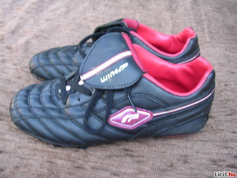 Licit.hu 39-es Wink stoplis foci cipő Az ingyenes aukciós piactér ... 40cd95fd38