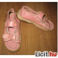Eladó rózsaszín hófehérkés szandál,méret:32