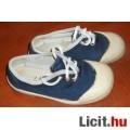 Vászoncipő, váltócipő 25-ös belső talphossz: 15.5 cm