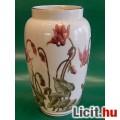 Eladó Gyönyörű Zsolnay váza ciklámen mintával