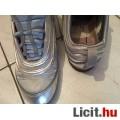 39-es ezüst divatos Nike cipő olcsón! Nézd! Extra Akció
