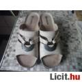 Eladó Női papucs 37 méret krém színű