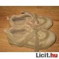 UNISEX Quechua sportcipő,méret:29