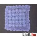 Eladó Négyszögű horgolt csipke terítő 78x78 cm