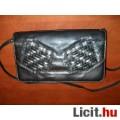 Csillogós elejű fekete kis táska / retikül