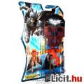 Eladó 10cm-es Dark Knight Batman figura - Batman mozgatható végtagokkal, Páncélban, rátehető körfűrésszel