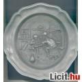 Eladó Falra akasztható tányér ónból